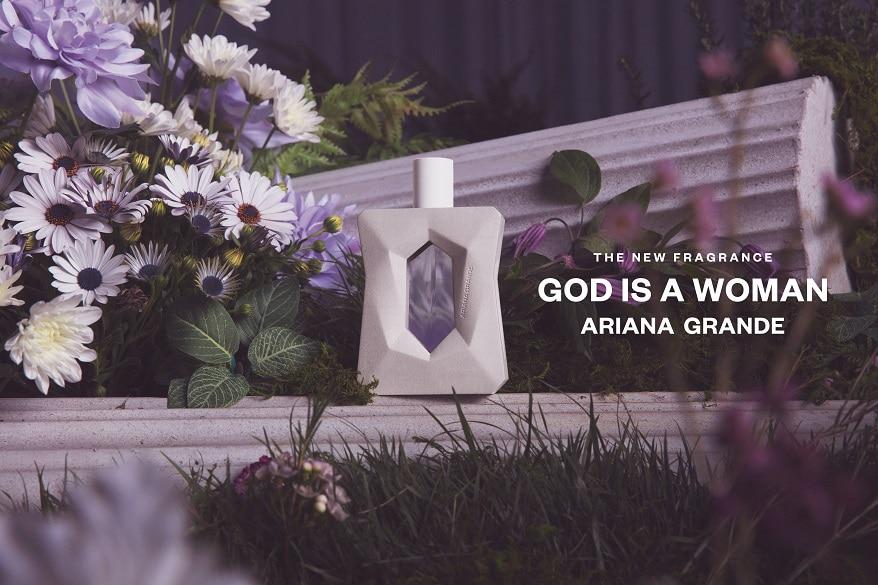 fragrance-product-ariana-grande-godisawoman-stone-podest-flowers-logo-09231.jpg